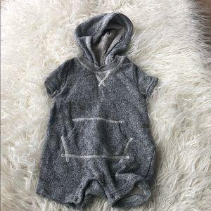 Hooded Gap onesie 3-6 months